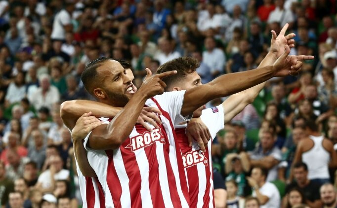 Valbuenalı Olympiakos, Devler Ligi'nde!