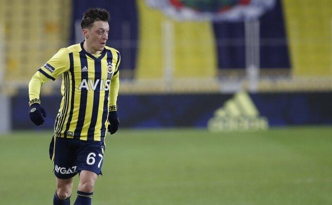 Fenerbahçe'de Mesut Özil çıkmazı