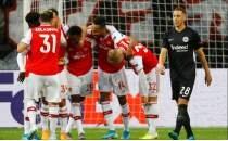 Arsenal, Almanya'da 3 puanı 3 golle kaptı!