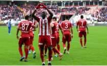 Lider Sivasspor, Kasımpaşa engelini iki golle geçti