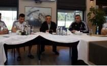 Ahmet Nur Çebi'den futbol takımına ziyaret!