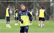 Fenerbahçe'de ceza sınırında 3 futbolcu