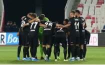 Beşiktaş'ta yeni transferler sahne aldı