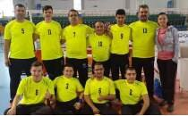 Fethiye'de oturarak voleybol takımının Süper Lig heyecanı