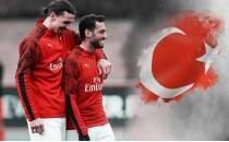 Hakan Çalhanoğlu, Zlatan'ın Türkiye'de tuttuğu takımı açıkladı
