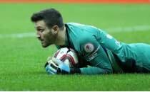 Okan Kocuk'un karnesi kırık: 9 maç 16 gol!
