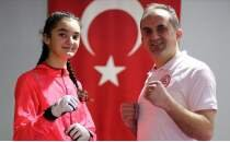 Babasıyla yaptığı antrenmanlar Beyza'yı şampiyonluğa taşıdı