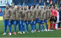Çaykur Rizespor, asker kamuflajıyla maça çıktı