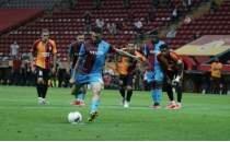 Jose Sosa rekora koşuyor