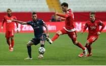 Deniz Türüç: 'Biraz futboldan anlıyorsanız, Başakşehir çıkışta'