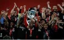 Beşiktaş, Antalyaspor'u devirdi! Sezonu çifte kupayla kapattı