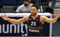 Warriors, Simmons için yıldızlarından birini 'vermek istemiyor'