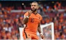 Hollanda hata yapmadan turu garantiledi
